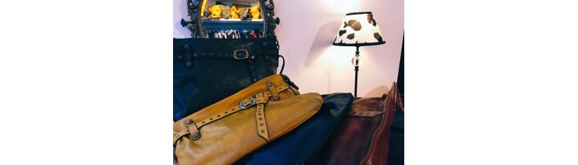 sacs pochettes cuir vintage